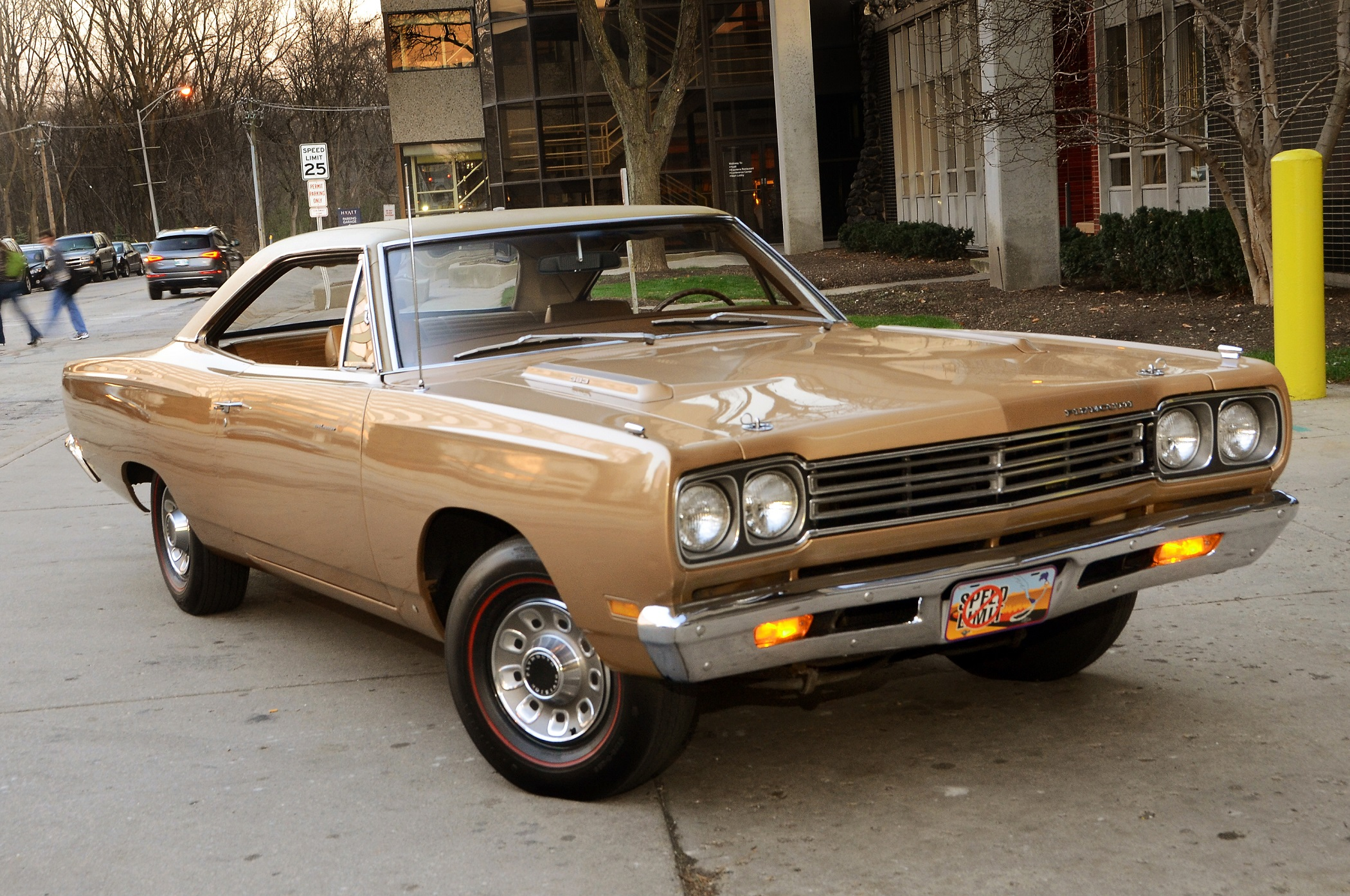 1969-plymouth-road-runner-front-passenger-side2[1] - Kopie.jpg